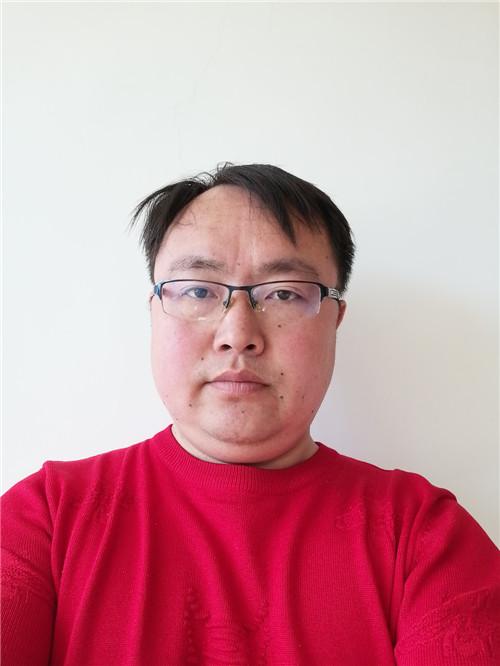 张先生的个人简历